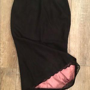 Black tweed pencil skirt w/ lace trim & pink liner